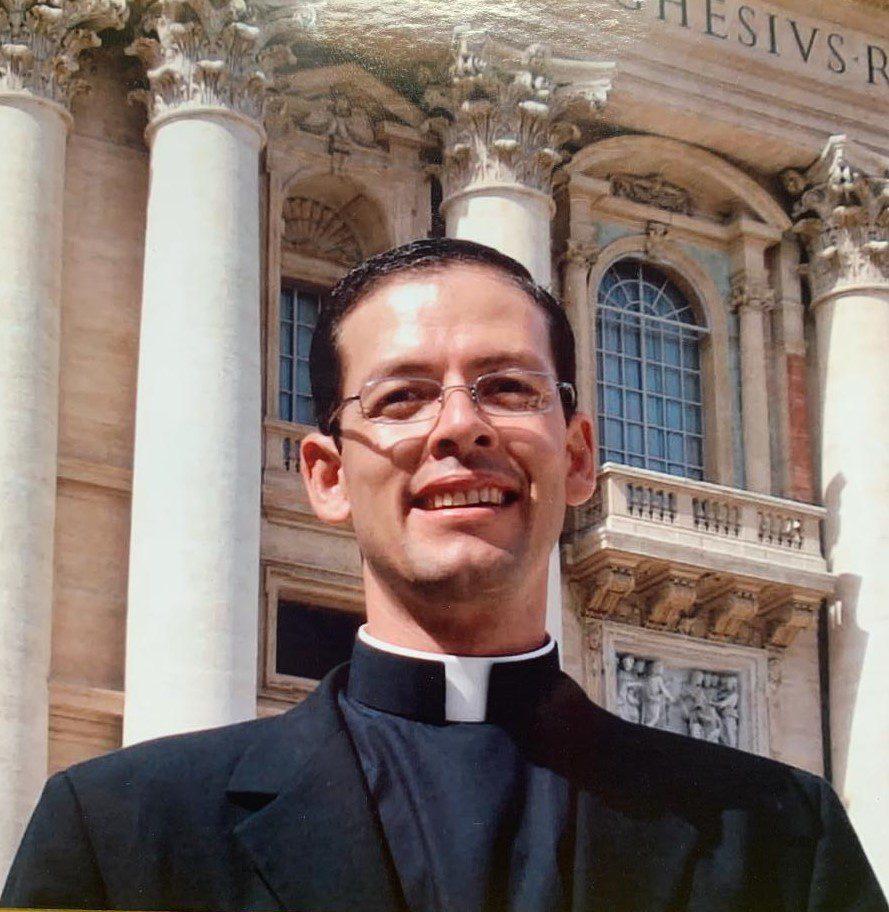 Fr. Ignacio Peres : Parochial Vicar